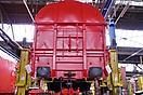 Güterwagen auf dem Hubstand